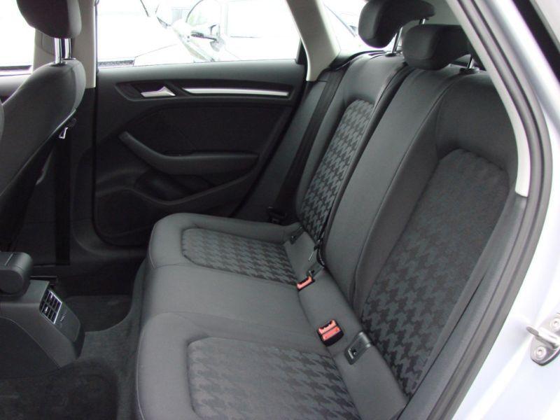 Audi A3 Sportback 1.4 TFSI e-tron S Tronic 204 Gris occasion à Beaupuy - photo n°6
