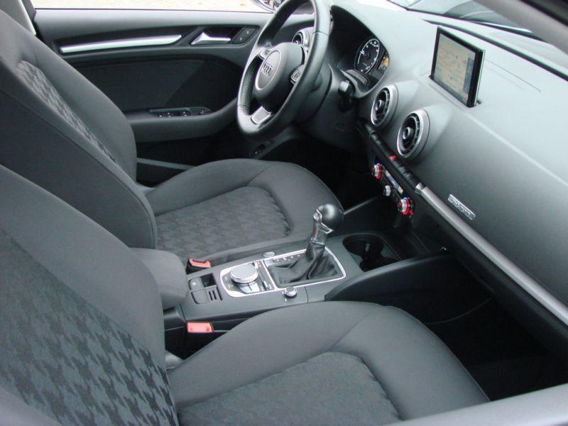 Audi A3 Sportback 1.4 TFSI e-tron S Tronic 204 Gris occasion à Beaupuy - photo n°5
