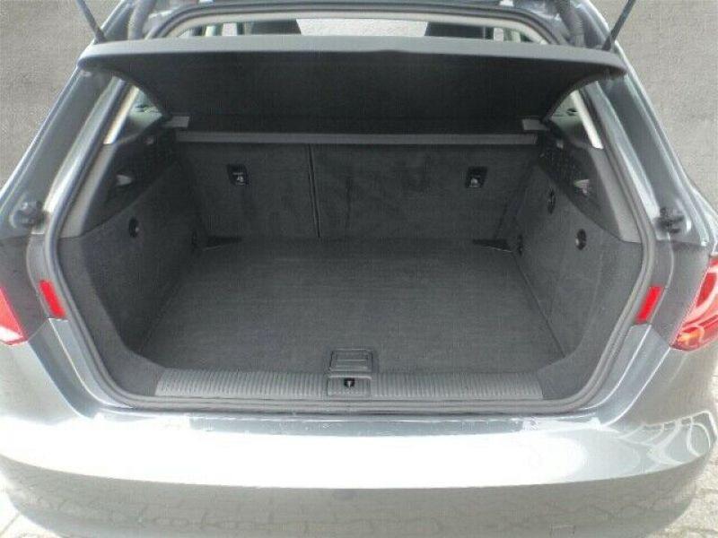 Audi A3 Sportback 1.5 TFSI 150 S Tronic Gris occasion à Beaupuy - photo n°7