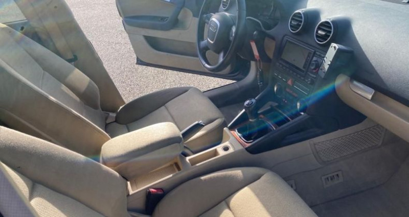 Audi A3 Sportback 1.6 FSI 115CH ATTRACTION 3P Bleu occasion à VOREPPE - photo n°4