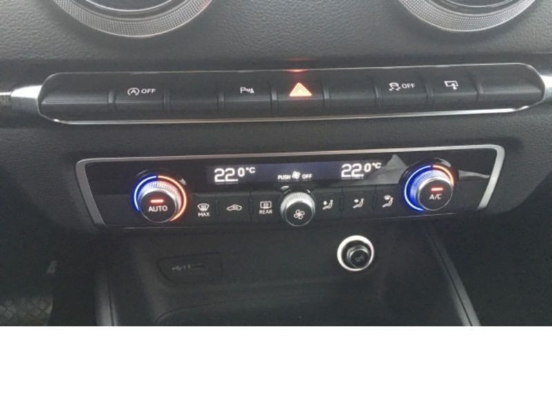 Audi A3 Sportback 1.6 TDI 110 S Tronic Blanc occasion à Beaupuy - photo n°9