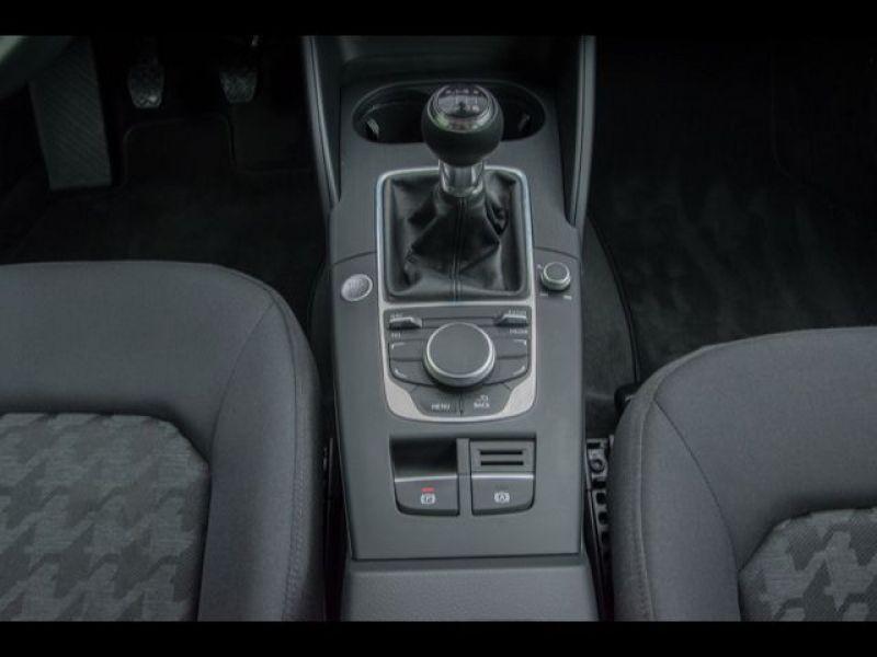 Audi A3 Sportback 1.6 TDI 110 Noir occasion à Beaupuy - photo n°8