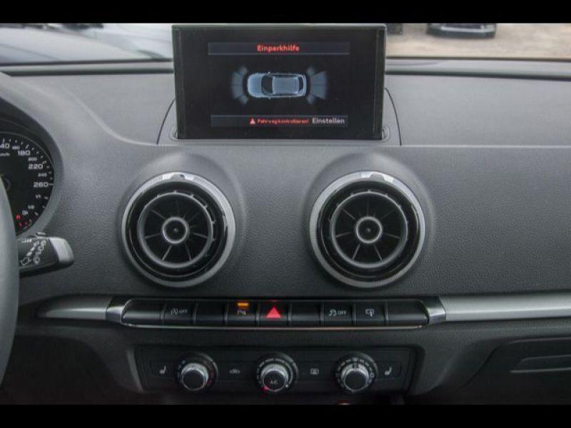 Audi A3 Sportback 1.6 TDI 110 Noir occasion à Beaupuy - photo n°9