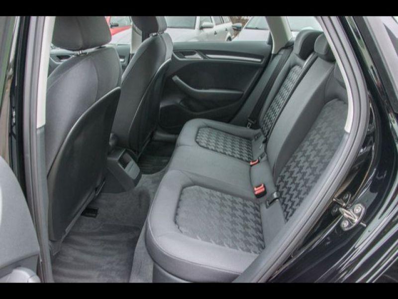 Audi A3 Sportback 1.6 TDI 110 Noir occasion à Beaupuy - photo n°7