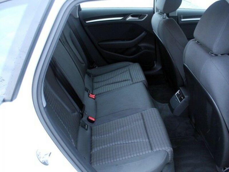 Audi A3 Sportback 1.6 TDI 110 Blanc occasion à Beaupuy - photo n°6