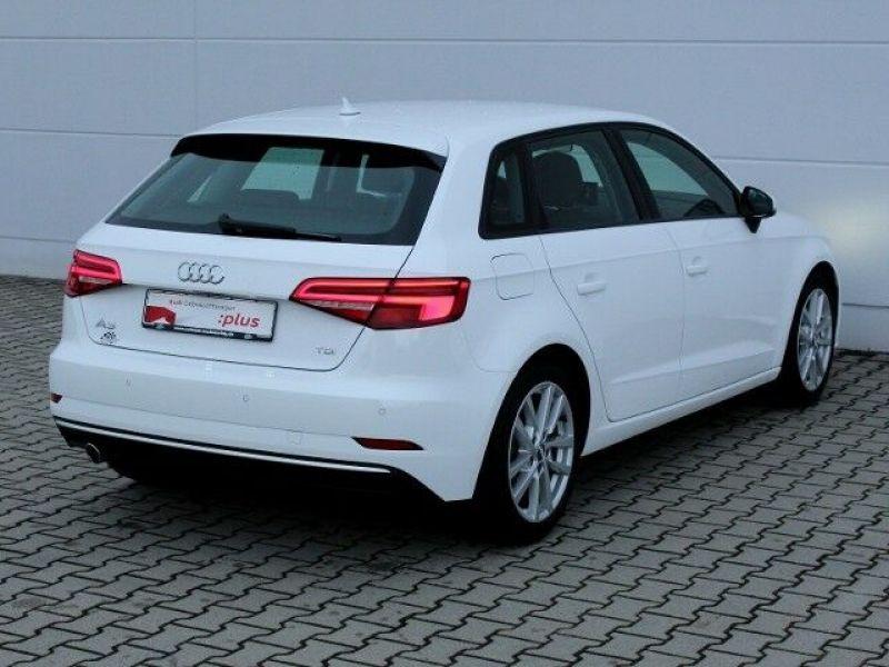 Audi A3 Sportback 1.6 TDI 110 Blanc occasion à Beaupuy - photo n°3