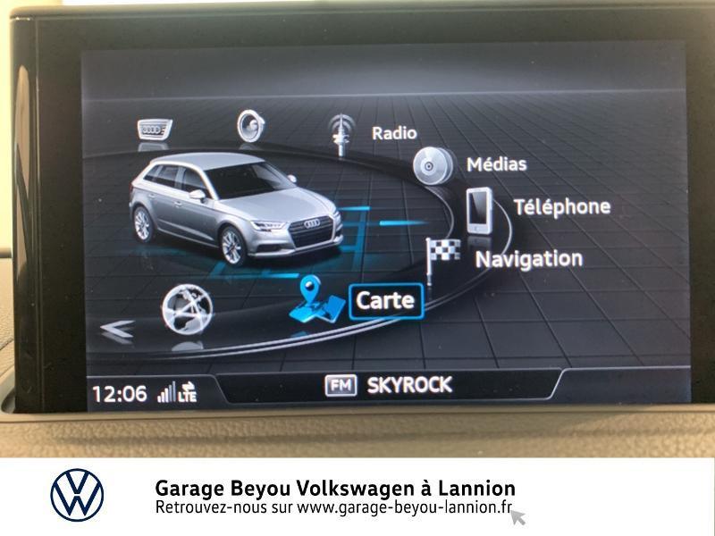 Audi A3 Sportback 1.6 TDI 110ch Business line S tronic 7 Bleu occasion à Lannion - photo n°8