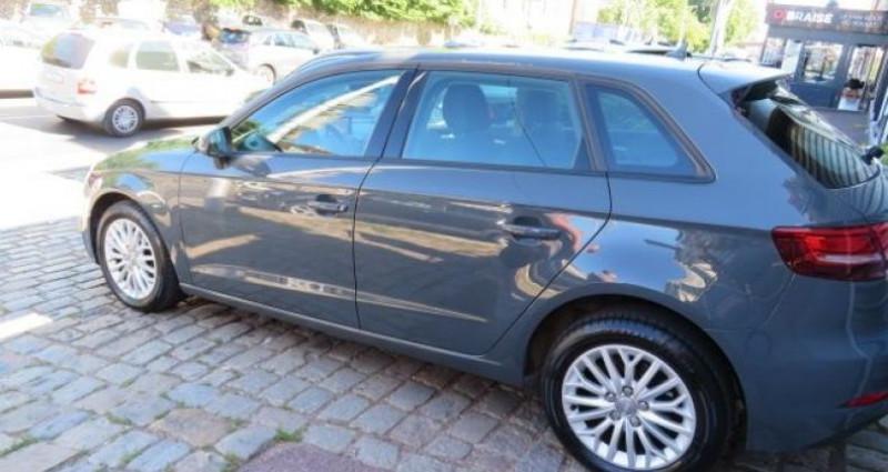Audi A3 Sportback 1.6 TDI 116CH BUSINESS LINE S TRONIC 7 Gris occasion à Juvisy Sur Orge - photo n°4
