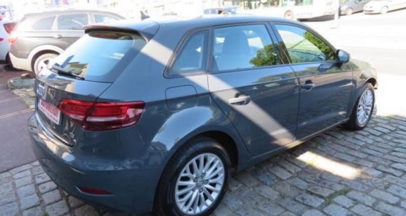 Audi A3 Sportback 1.6 TDI 116CH BUSINESS LINE S TRONIC 7 Gris occasion à Juvisy Sur Orge - photo n°3