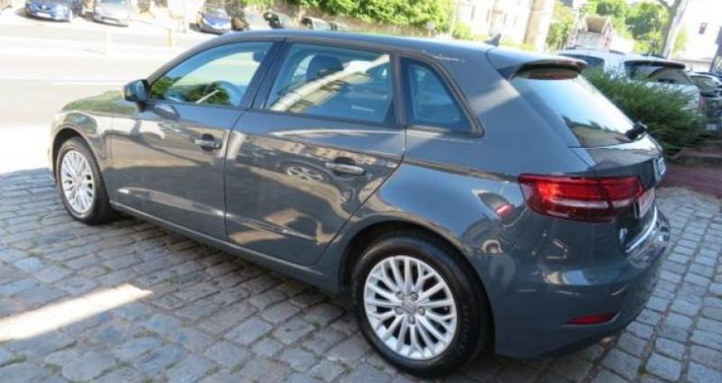 Audi A3 Sportback 1.6 TDI 116CH BUSINESS LINE S TRONIC 7 Gris occasion à Juvisy Sur Orge - photo n°5