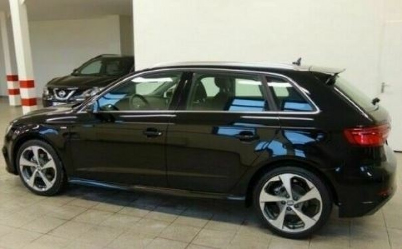 Audi A3 Sportback 1.6 TDI 116CH S LINE S TRONIC 7 Noir occasion à Villenave-d'Ornon - photo n°2