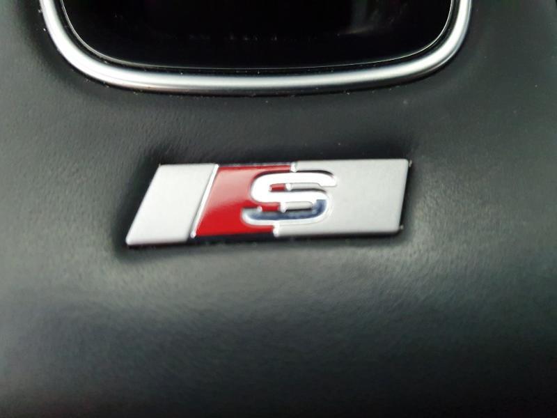 Audi A3 Sportback 1.6 TDI 116ch S line S tronic 7 Blanc occasion à Onet-le-Château - photo n°14