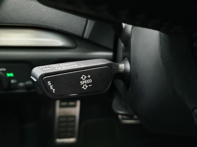Audi A3 Sportback 1.6 TDI 116ch S line S tronic 7 Blanc occasion à Onet-le-Château - photo n°16
