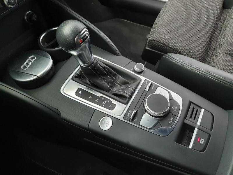 Audi A3 Sportback 1.6 TDI 116ch S line S tronic 7 Blanc occasion à Onet-le-Château - photo n°5