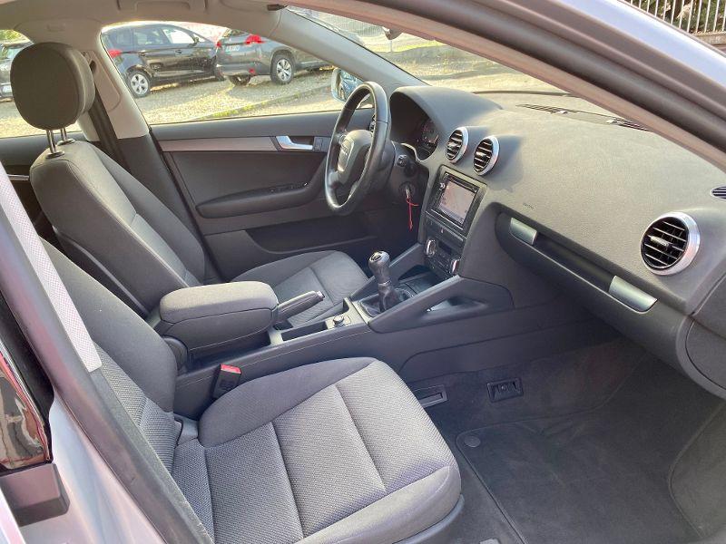 Audi A3 Sportback 2.0 TDI 140ch Ambiente Gris occasion à Castelmaurou - photo n°4