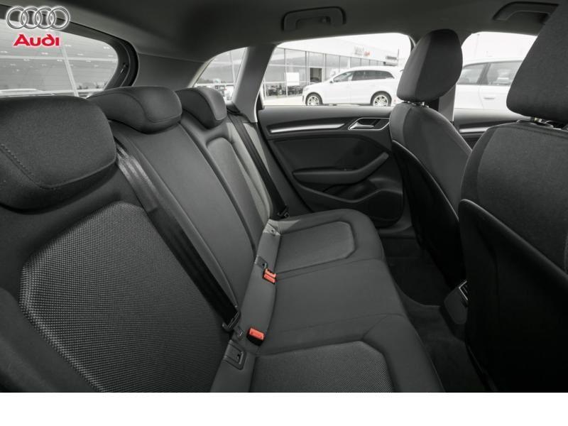 Audi A3 Sportback 2.0 TDI 150 Gris occasion à Beaupuy - photo n°5