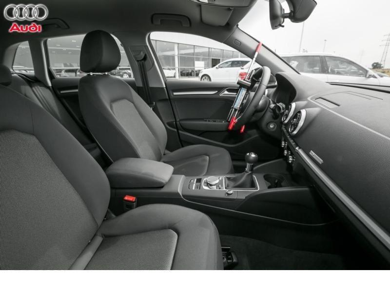 Audi A3 Sportback 2.0 TDI 150 Gris occasion à Beaupuy - photo n°4