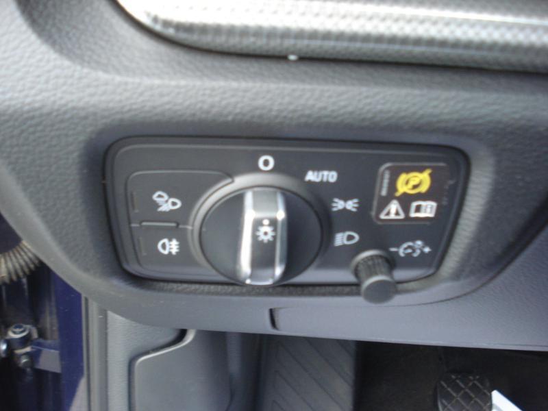 Audi A3 Sportback 2.0 TDI 150ch Design quattro Bleu occasion à Aurillac - photo n°8