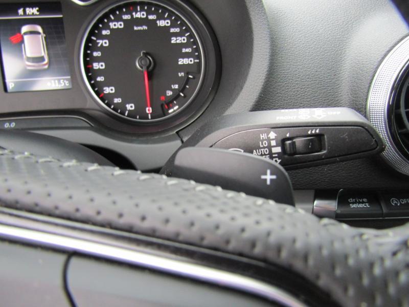 Audi A3 Sportback 2.0 TDI 150ch S line S tronic 7 Bleu occasion à Millau - photo n°17