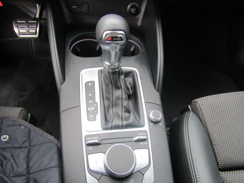 Audi A3 Sportback 2.0 TDI 150ch S line S tronic 7 Bleu occasion à Millau - photo n°15