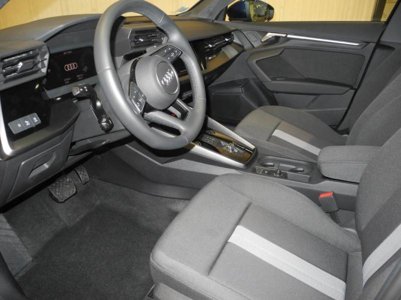 Audi A3 Sportback 30 TFSI 110 S tronic 7 Design Bleu occasion à AURAY - photo n°6