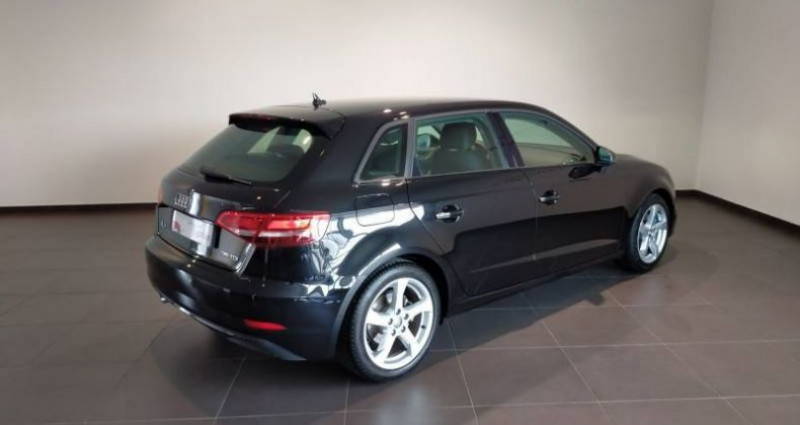 Audi A3 Sportback 35 TDI 150 S tronic 7 Sport Noir occasion à Chenove - photo n°3