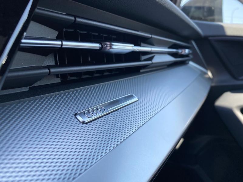 Audi A3 Sportback 35 TDI 150ch S line S tronic 7 Noir occasion à Albi - photo n°19