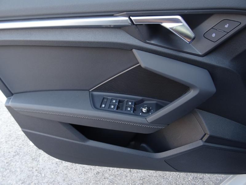 Audi A3 Sportback 35 TDI 150ch S line S tronic 7  occasion à Barberey-Saint-Sulpice - photo n°17