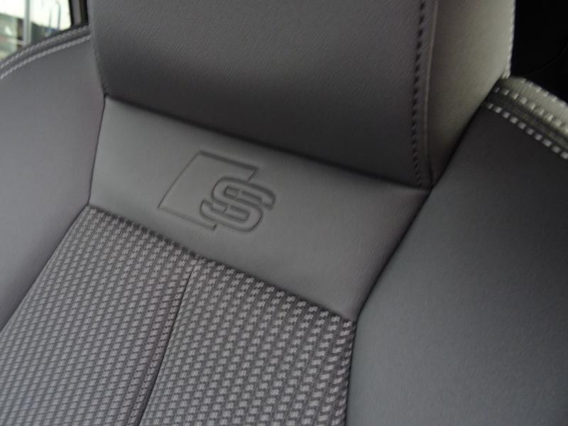 Audi A3 Sportback 35 TDI 150ch S line S tronic 7 Gris occasion à Barberey-Saint-Sulpice - photo n°6