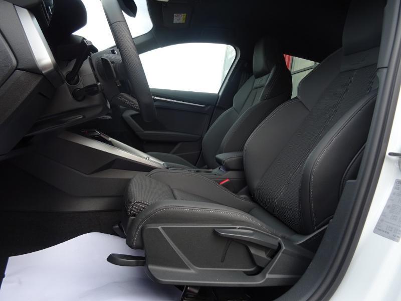 Audi A3 Sportback 35 TDI 150ch S line S tronic 7 Blanc occasion à Barberey-Saint-Sulpice - photo n°10