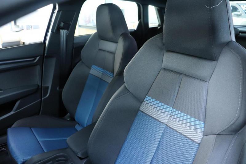 Audi A3 Sportback 35 TFSI 150 S line Bleu occasion à Aubière - photo n°6