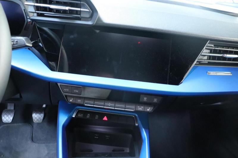 Audi A3 Sportback 35 TFSI 150 S line Bleu occasion à Aubière - photo n°9