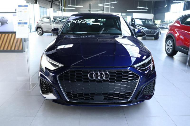 Audi A3 Sportback 35 TFSI 150 S line Bleu occasion à Aubière - photo n°2