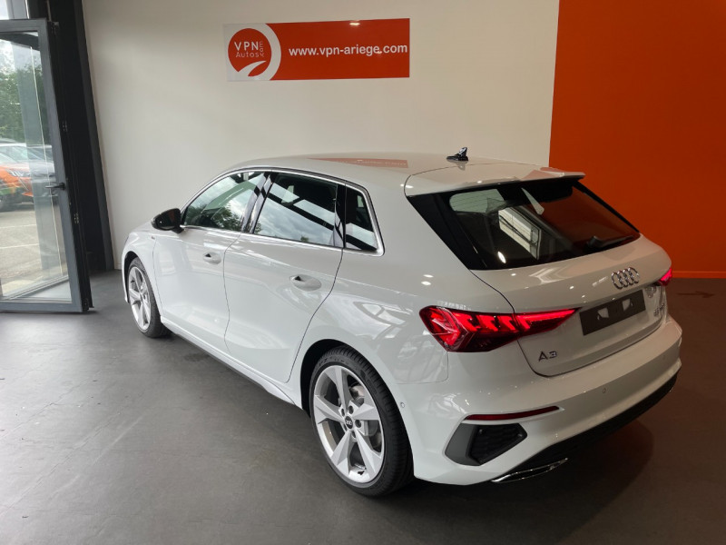 Audi A3 Sportback 35 TFSI 150CH COD S LINE Blanc occasion à Foix - photo n°3