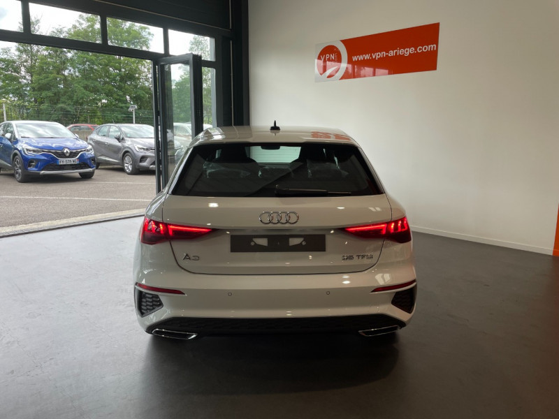 Audi A3 Sportback 35 TFSI 150CH COD S LINE Blanc occasion à Foix - photo n°4