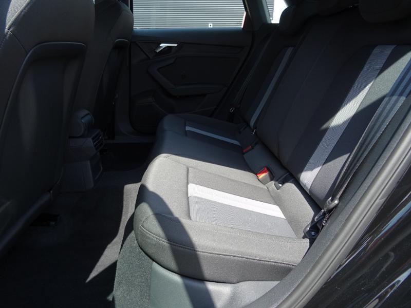 Audi A3 Sportback 35 TFSI 150ch Design Luxe S tronic 7 Noir occasion à Barberey-Saint-Sulpice - photo n°11