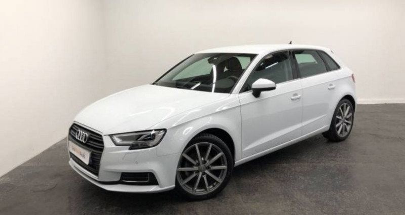 Audi A3 Sportback 35 TFSI CoD 150 S tronic 7 Design Luxe Blanc occasion à AHUY