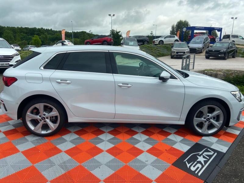 Audi A3 Sportback 40 TFSI E 204 S TRONIC DESIGN LUXE Blanc occasion à Montauban - photo n°4