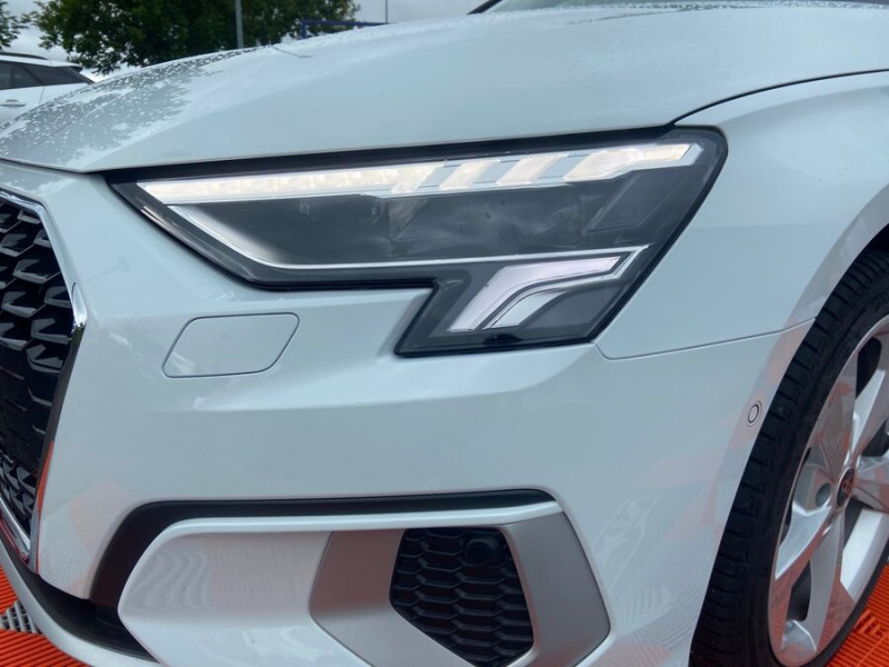 Audi A3 Sportback 40 TFSI E 204 S TRONIC DESIGN LUXE Blanc occasion à Montauban - photo n°5