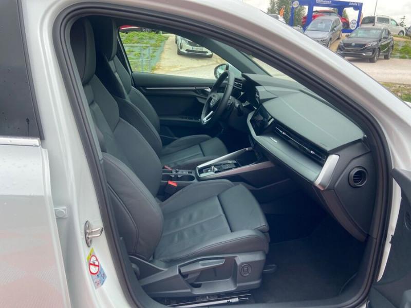 Audi A3 Sportback 40 TFSI E 204 S TRONIC DESIGN LUXE Blanc occasion à Montauban - photo n°9