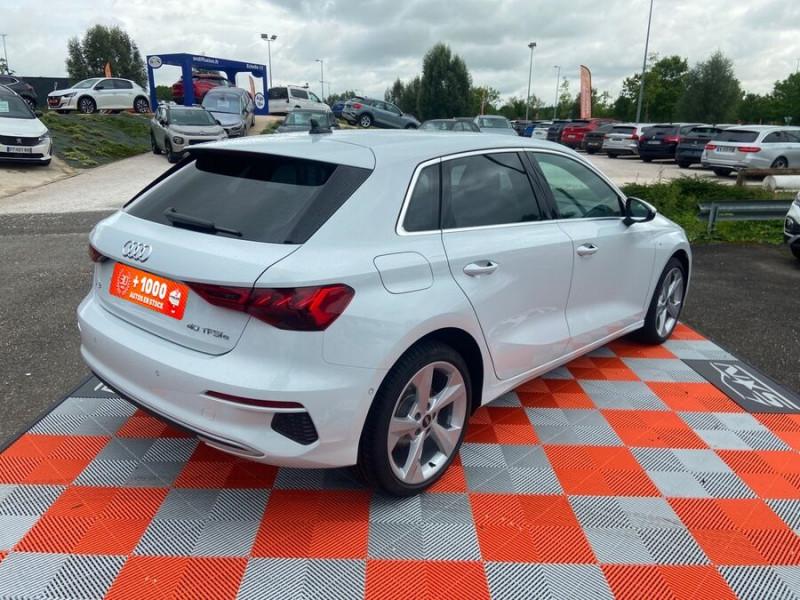 Audi A3 Sportback 40 TFSI E 204 S TRONIC DESIGN LUXE Blanc occasion à Montauban - photo n°2