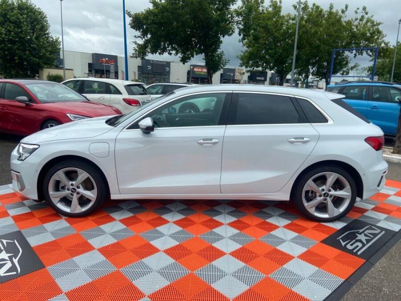 Audi A3 Sportback 40 TFSI E 204 S TRONIC DESIGN LUXE Blanc occasion à Montauban - photo n°3