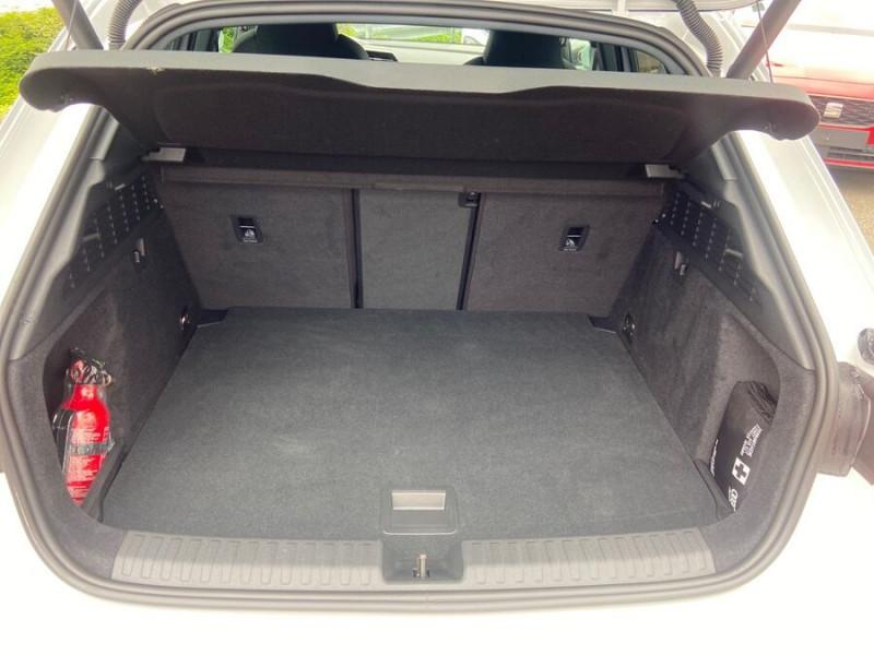 Audi A3 Sportback 40 TFSI E 204 S TRONIC DESIGN LUXE Blanc occasion à Montauban - photo n°10
