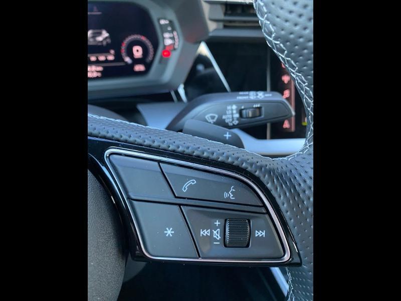 Audi A3 Sportback 40 TFSI e 204ch S line S tronic 6 Gris occasion à Albi - photo n°16