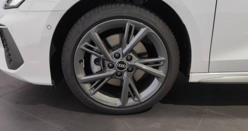 Audi A3 Sportback 40 TFSIe 204 S Tronic 6 S Line Blanc occasion à Saint-Ouen - photo n°7