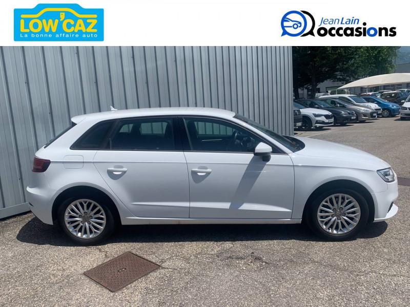 Audi A3 Sportback A3 Sportback 1.6 TDI 116 Business line 5p Blanc occasion à La Ravoire - photo n°4