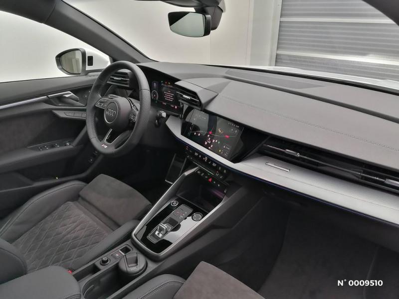 Audi A3 Sportback A3 Sportback 40 TFSIe 204 S Tronic 6S Line Blanc occasion à Brie-Comte-Robert - photo n°8