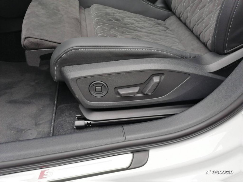 Audi A3 Sportback A3 Sportback 40 TFSIe 204 S Tronic 6S Line Blanc occasion à Brie-Comte-Robert - photo n°20