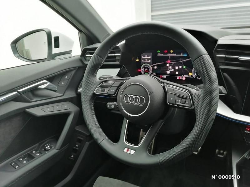 Audi A3 Sportback A3 Sportback 40 TFSIe 204 S Tronic 6S Line Blanc occasion à Brie-Comte-Robert - photo n°10