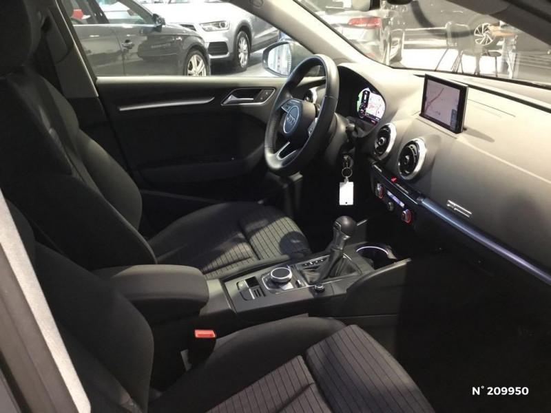 Audi A3 Sportback AUDI A3 SPORTBACK 35 TFSI 150 CH S TRONIC PROLINE Gris occasion à Saint-Quentin - photo n°5
